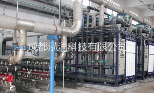 工业污水处理设备采用玻璃钢的优劣